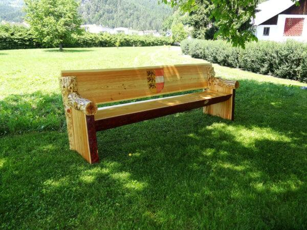 Lärchenholz Sitzbank mit Schnitzerei