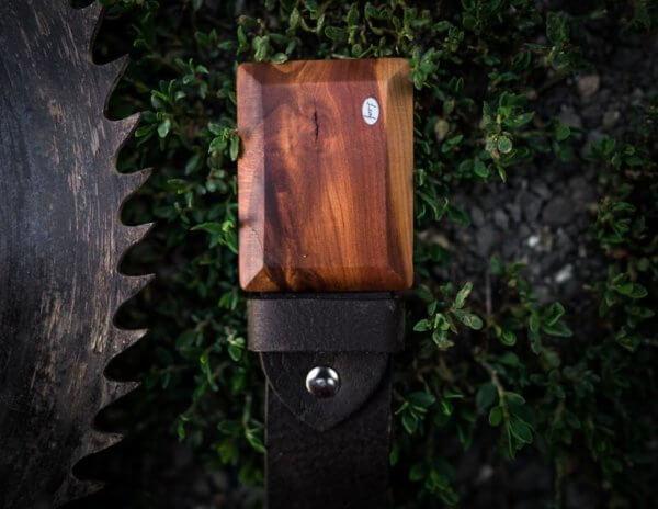Ledergürtel mit Pflaumen Holzschnalle breit