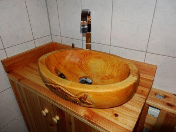 Waschbecken aus Zirbenholz oval