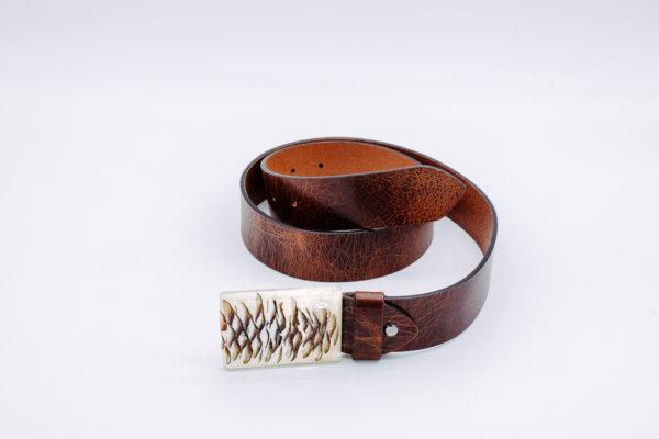 Ledergürtel mit Holzschnalle Titania 6