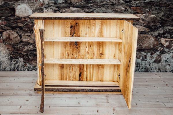 Sideboard Esche mit Naturrand & Rinde Massivholz neu